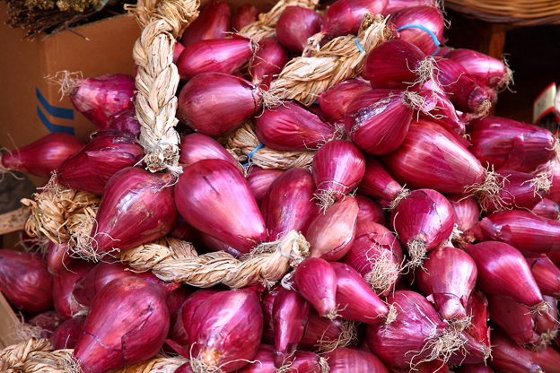 tropea-onion.jpg
