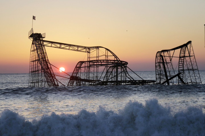 14.-The-Jet-Star-Rollercoaster-Seaside-Heights-New-Jersey-720x479
