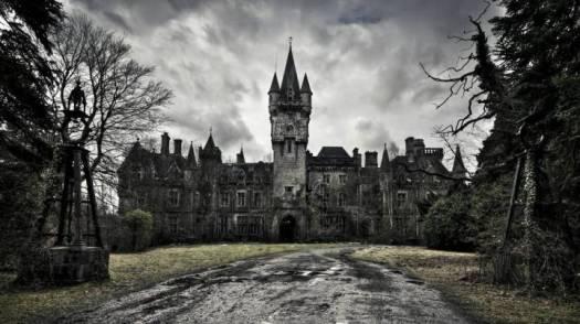 9.-Chateau-Miranda-Celles-Belgium-720x404.jpg