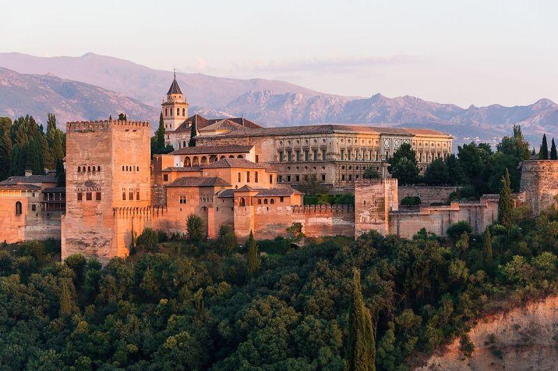 Dawn_Charles_V_Palace_Alhambra_Granada_Andalusia_Spain