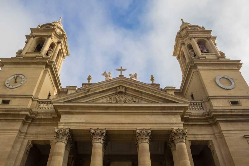 pamplona-cathedral-istock-venemama.jpg