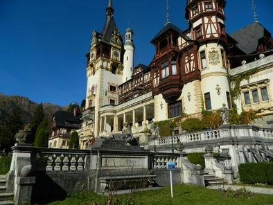 peles-castle-photo_14802258-fit468x296.jpg
