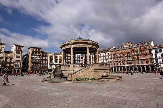 Plaza_del_Castillo7
