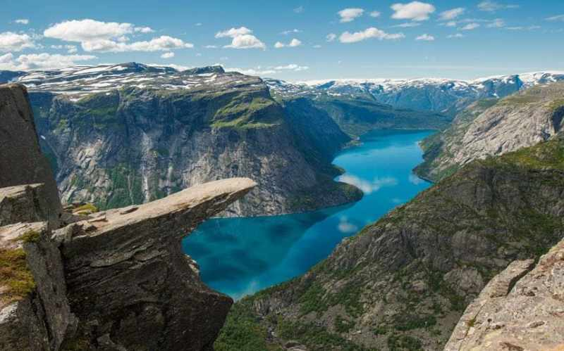 fjord-trollstunga-_3347334a-xlarge.jpg