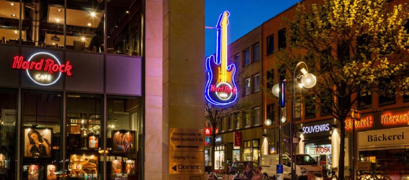 Cologne_Entrance.jpg
